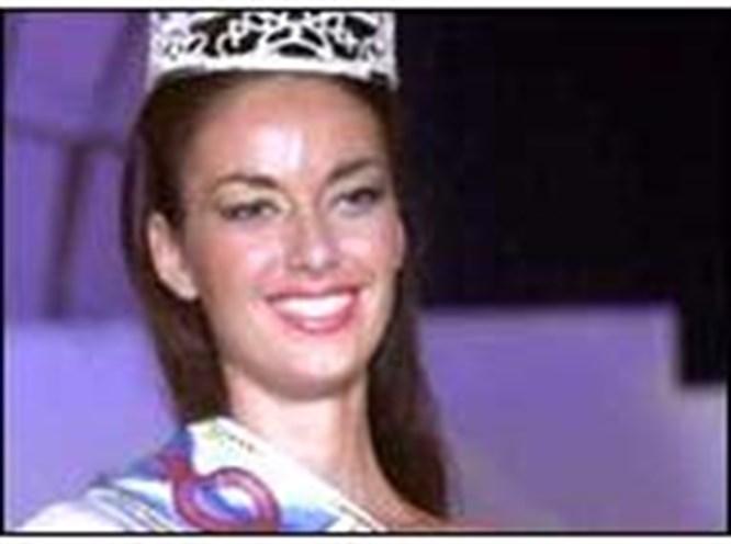 'Miss Globe' Slovakya'dan